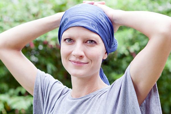 17 علامة تكشف الإصابة بسرطان الدم .. فلا تهملها