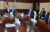 وزير الإسكان يلتقى مجموعة من المستثمرين لاستعراض أحد المشروعات بمدينة العاشر من رمضان