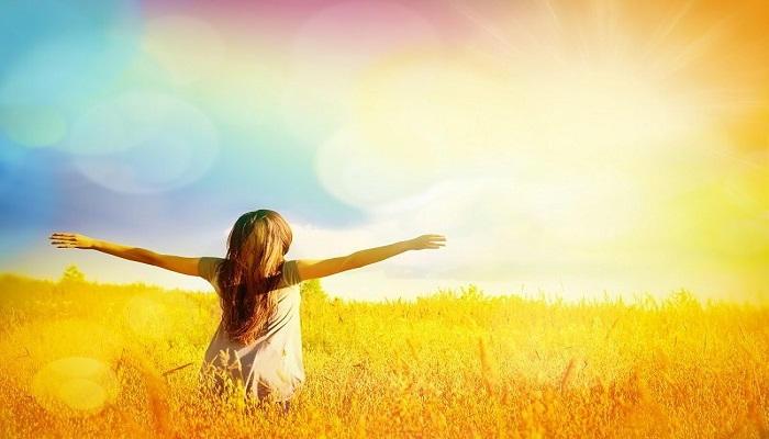 فوائد اشعة الشمس ومتى بجب التعرض لها واضرارها على الجسم